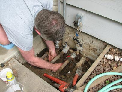 SPRINKLER REPAIR ☆ FREE ESTIMATES ☆ Make An Appointment Online